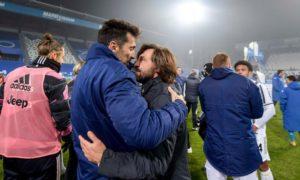 Андреа Пирло и Джанлуиджи Буффон празднуют победу в Суперкубке Италии в прошлом году